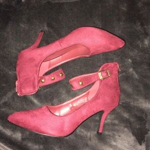 Shoes - Oxblood ankle strap pumps 🆕